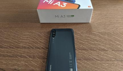 Recensione Xiaomi Mi A3: solo HD, ma con stile.